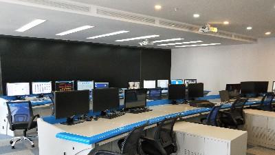 昆明云茂云南本地网络机柜,监控杆,操作台的整体加工定制厂家