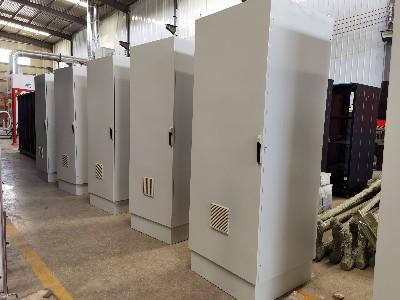 定制的PLC控制柜完成生产检验顺利交付