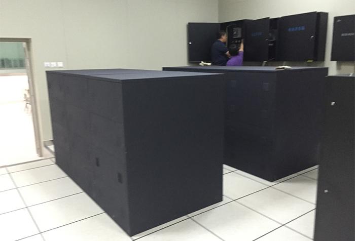 昆明滇池会展中心监控中心配套设备定制-云茂通信客户案例