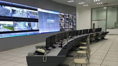 符合智能化监控中心的操作台是什么样的?